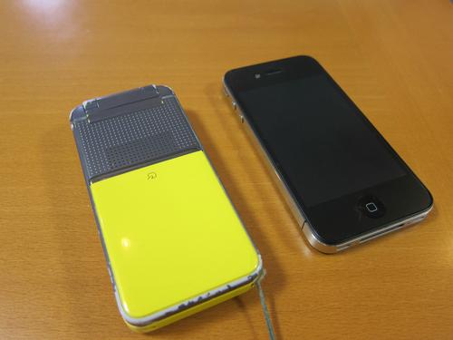 iPhoneとガラケー