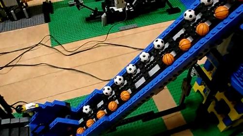 レゴの玉転がし装置