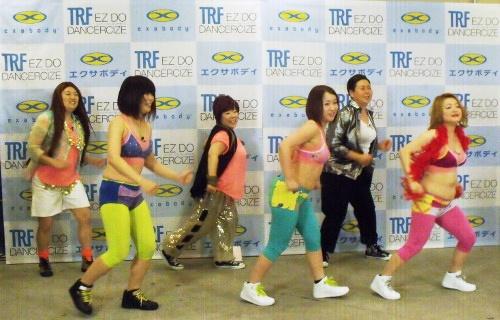 『イージードゥダンス』を踊る!