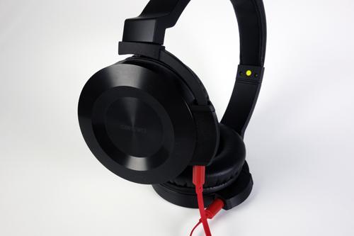 外で音楽を聴くのが楽しくなる オンキヨー初のヘッドホン『ES-HF300/ES-FC300』をレビュー