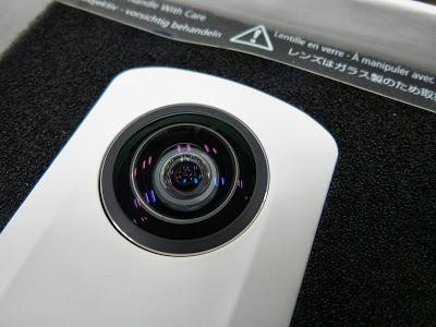 """写真」の概念を変えるポテンシャル!""""360度カメラ"""" RICOH THETA"""