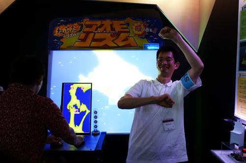 【TGS2013】青森が北海道を殴って小さくする音ゲー 神奈川工科大学の『アオモリズム』は必見