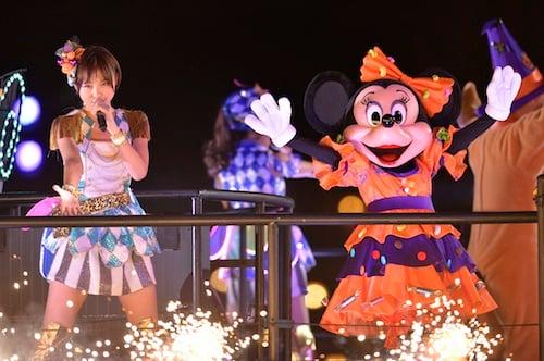 AKB48ディズニースペシャルライブ 麻里子さまとミニーさま(C)Disney