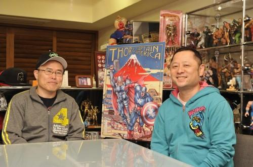 『マイティ・ソー/ダーク・ワールド』ゆでたまご先生2ショット(左から中井先生、島田先生)
