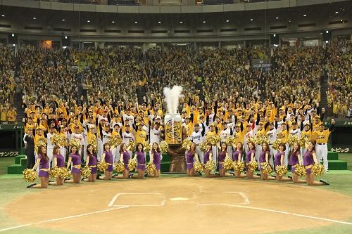 いろいろな人の夢をかなえてきた『のどごし 夢のドリーム』第5弾のテーマは野球 今度は東京ドームで78人の夢をかなえた!