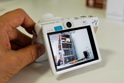 PowerShot N100背面
