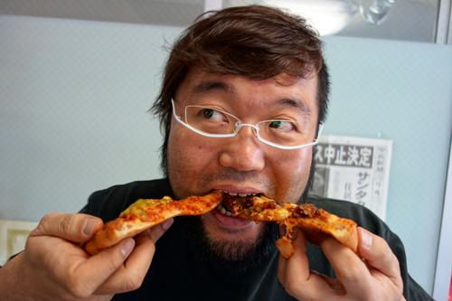 ピザうまい