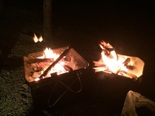 焚き火部活動中