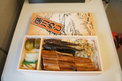 新横浜で一番人気の駅弁って何?