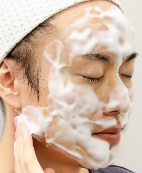 泡洗顔をはじめよう