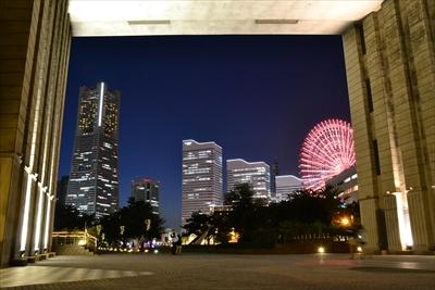 横浜ならでは、海を彩るきれいな夜景スポットはどこ?