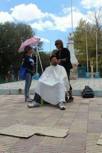これに気づいてない日本人は永遠に英語を話せるようにはならない。(☆旅人美容師の1000人ヘアカット世界一周の旅★)