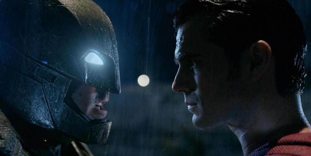 ★「バットマン vs スーパーマン」メイン