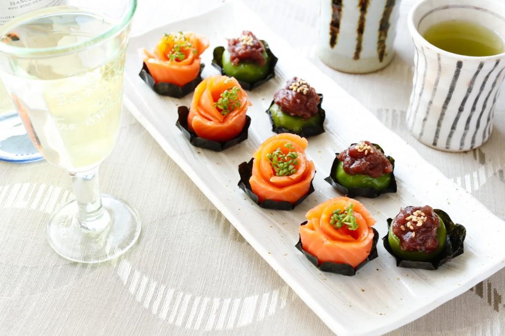 スモークサーモンとスプラウトのマリネ&抹茶白玉の小豆のせ