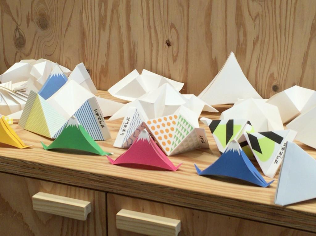 おにぎらずの次はおりにぎる!?折り紙とおにぎりを組み合わせたアートな新感覚おにぎり『オリニギリ』