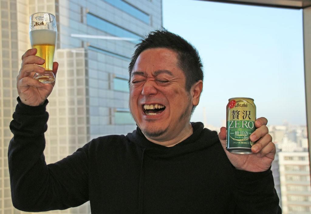 糖質ゼロ&アルコール6%でも感じるコクと厚み! 麦使用量を30倍に増やした『クリアアサヒ 贅沢ゼロ』を『クリアアサヒ 糖質0』と飲み比べてみた