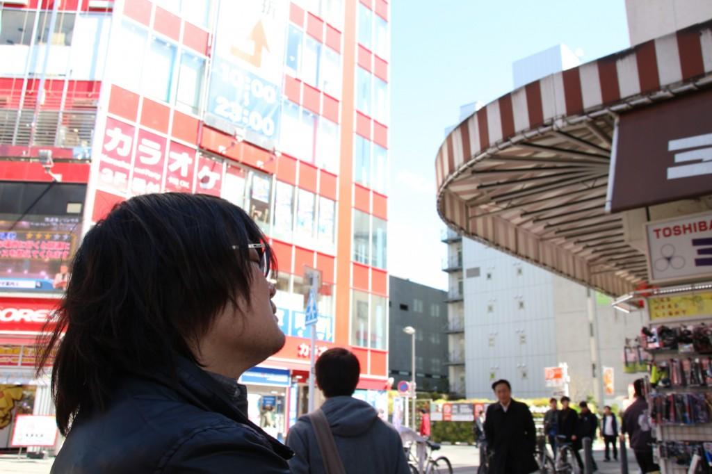秋葉原の街に心地よい風がふいている