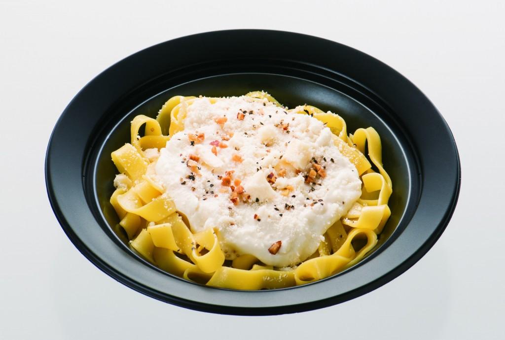 白いチーズクリームパスタ