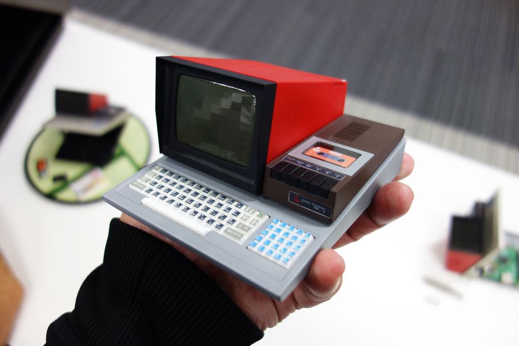 手のひらサイズのMZ-80C 『PasocomMini MZ-80C』が本日から予約受付を開始