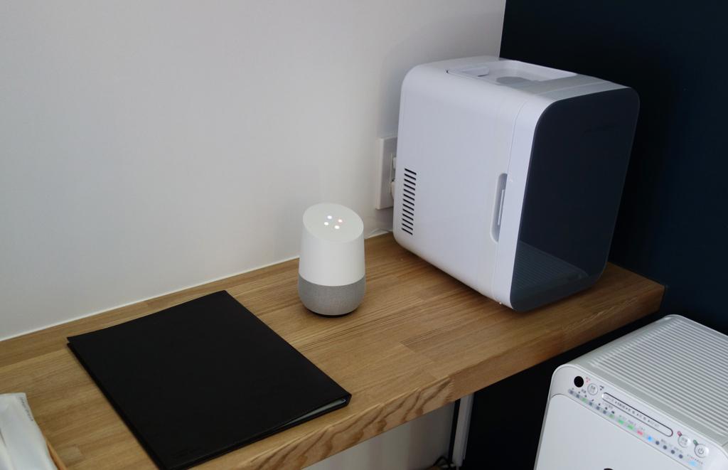 """秋葉原のスマートホステル""""&AND HOSTEL""""で備え付けの『Google Home』からIoT機器の音声操作や音声通知が利用可能に"""