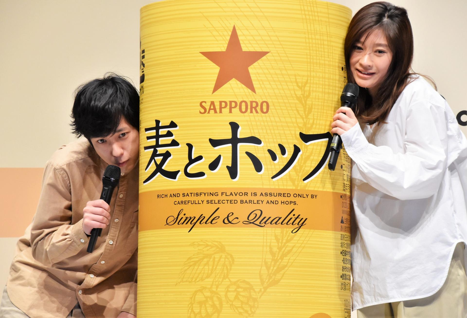 9661a44c23 嵐の二宮和也さんが、今度は『サッポロ 麦とホップ』の新CMキャラクターに就任! 3月6日より、篠原涼子さんの新CMとともに全国オンエアがスタートします。