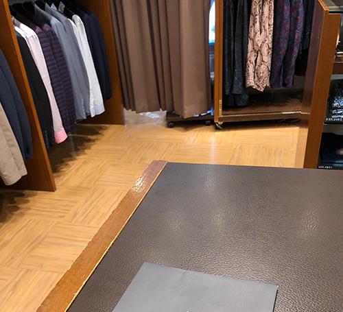 スーツを買う