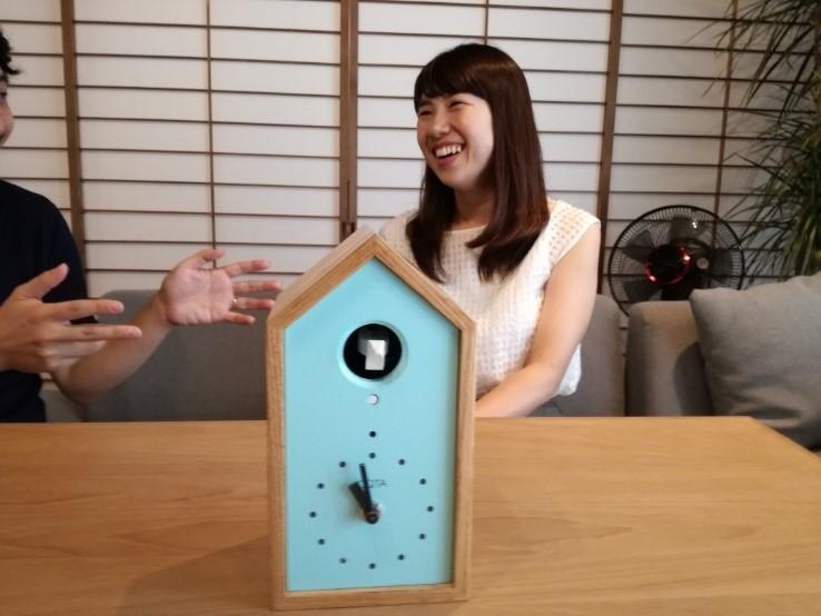IoT鳩時計『OQTA HATO』先行ユーザーレビュー:夫に鳩時計を毎日鳴らされている妻に本音を聞いてみた