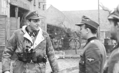 捕虜のナチス将校を使った「おびき寄せ」作戦