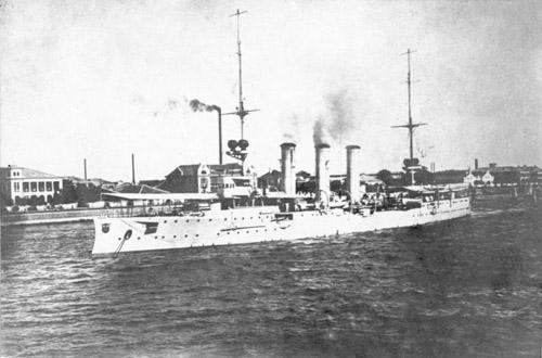 偽の煙突を1つ追加して英国船6隻を撃沈