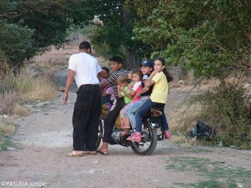 シリア人がハードに使い倒すバイクもほとんど中国製=2012年6月27日