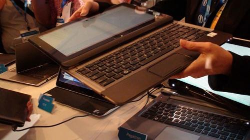 東芝のコンバーチブル型Ultrabook
