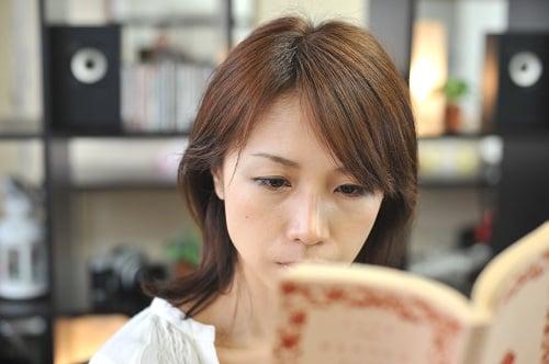 「朝活」「昼活」+「夜休」で仕事美人に!?  調査から見えた丸の内OLの生活実態と理想とは?
