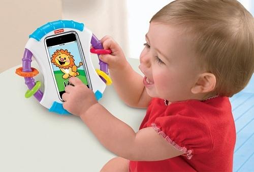 赤ちゃんに思う存分『iPhone』で遊んでもらえる! フィッシャープライスの『赤ちゃん専用iケース』