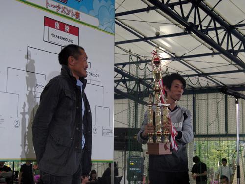 優勝したうたスキJOYSOUNDチーム