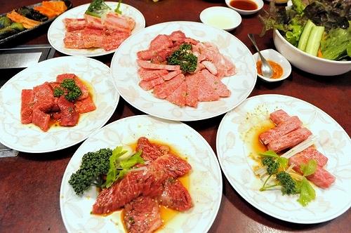 肉の田じま・お肉色々