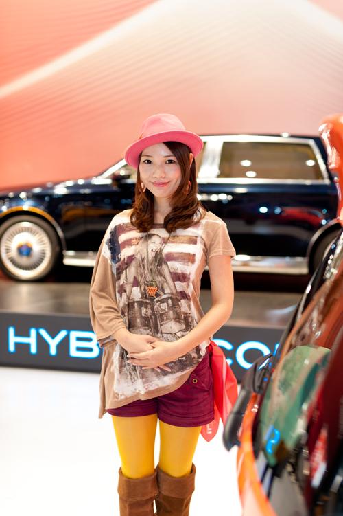 【東京モーターショー2011】美人コンパニオン