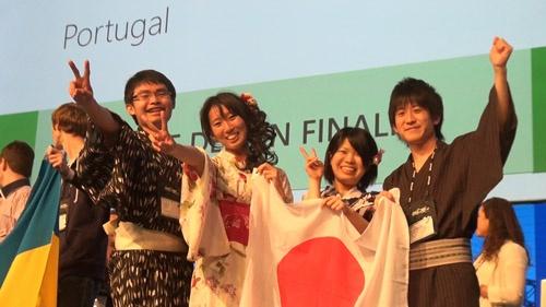 ソフトウェアデザイン部門で勝ち残ったCoccoloチーム