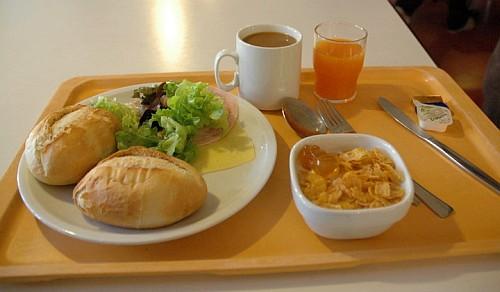 ビュッフェな朝食