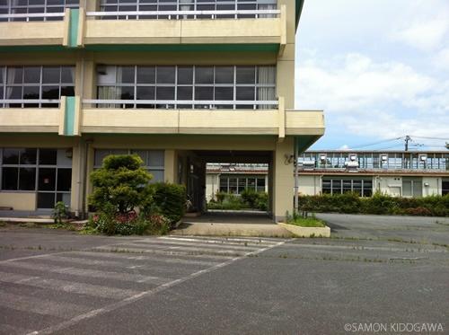 富岡第二小学校:校舎