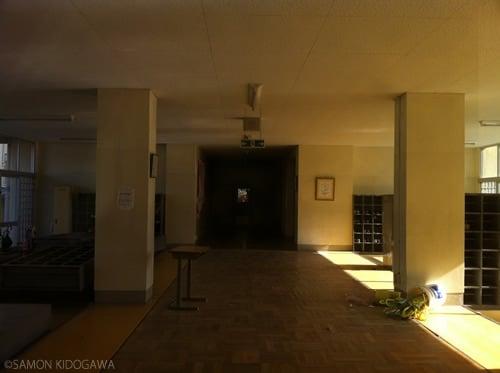 富岡第二小学校:玄関
