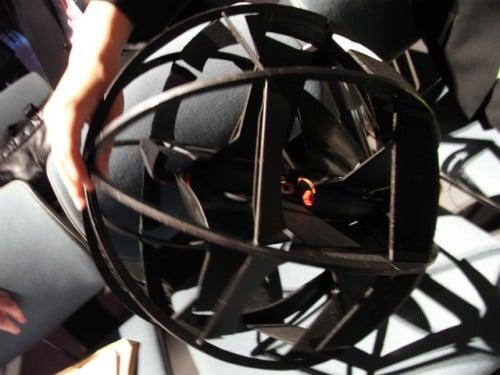 球形飛行体を接写