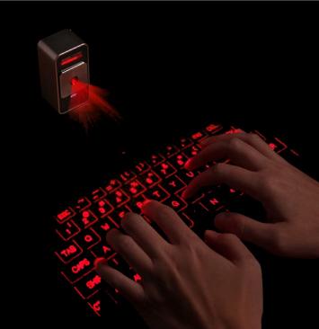 Bluetoothレーザーキーボード『Magic Cube』使用イメージ