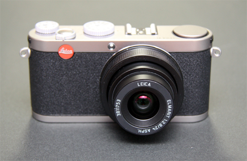 LEICA X1 front