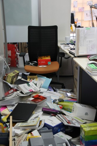 地震発生当日の編集部
