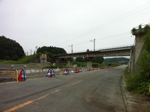 崩落した橋脚が撤去されていた