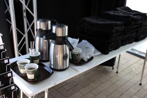 コーヒーとブランケット