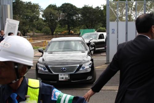 野田首相の車