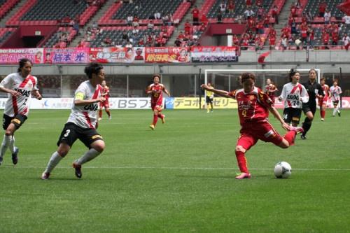 試合中:ゴール前、川澄選手