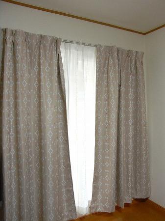 一年中快適な遮熱カーテン