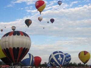 乗らなくても楽しい! 熱気球フェスティバル in ケベック